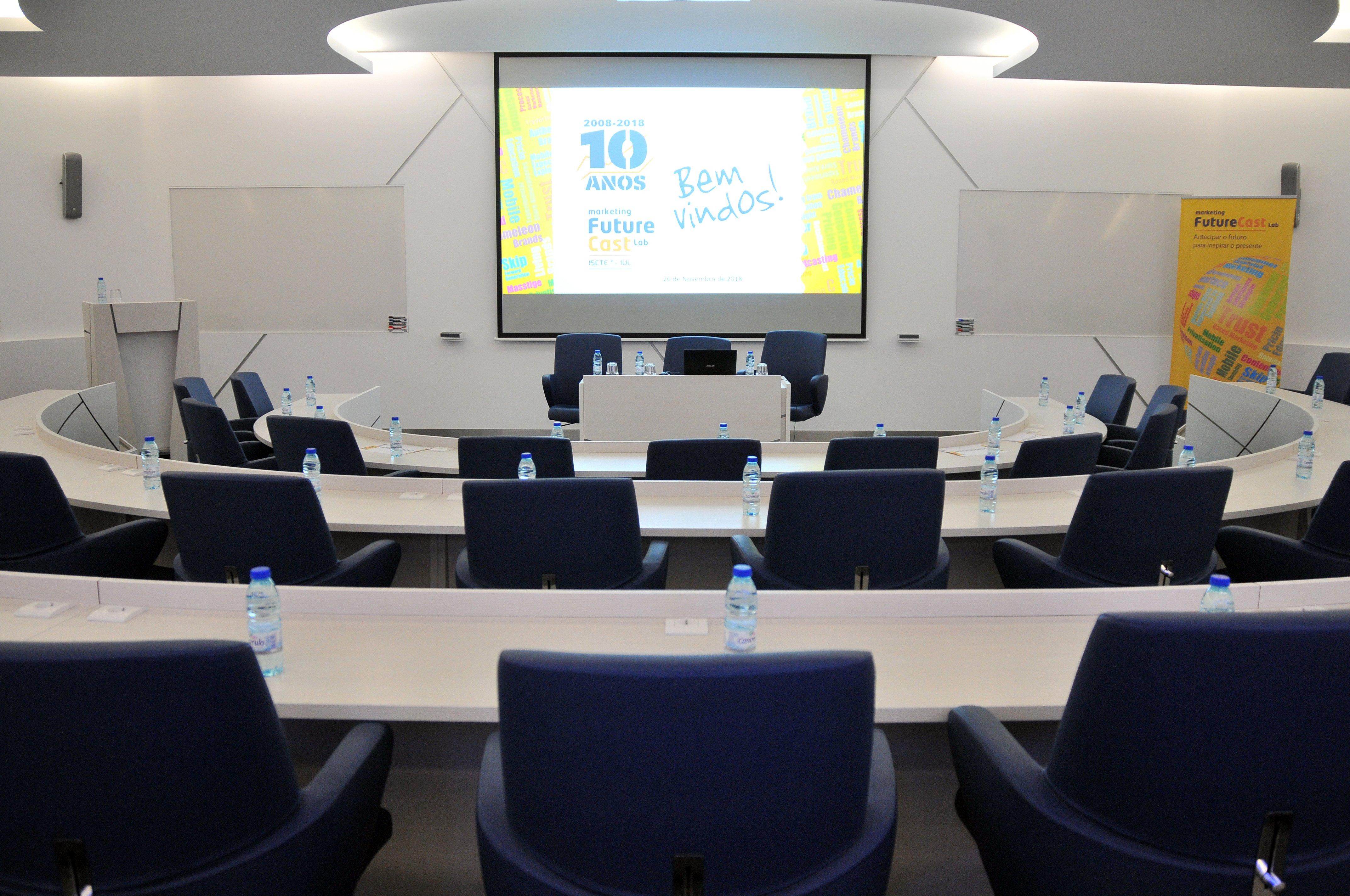 Uma Conferência, 29 Tendências
