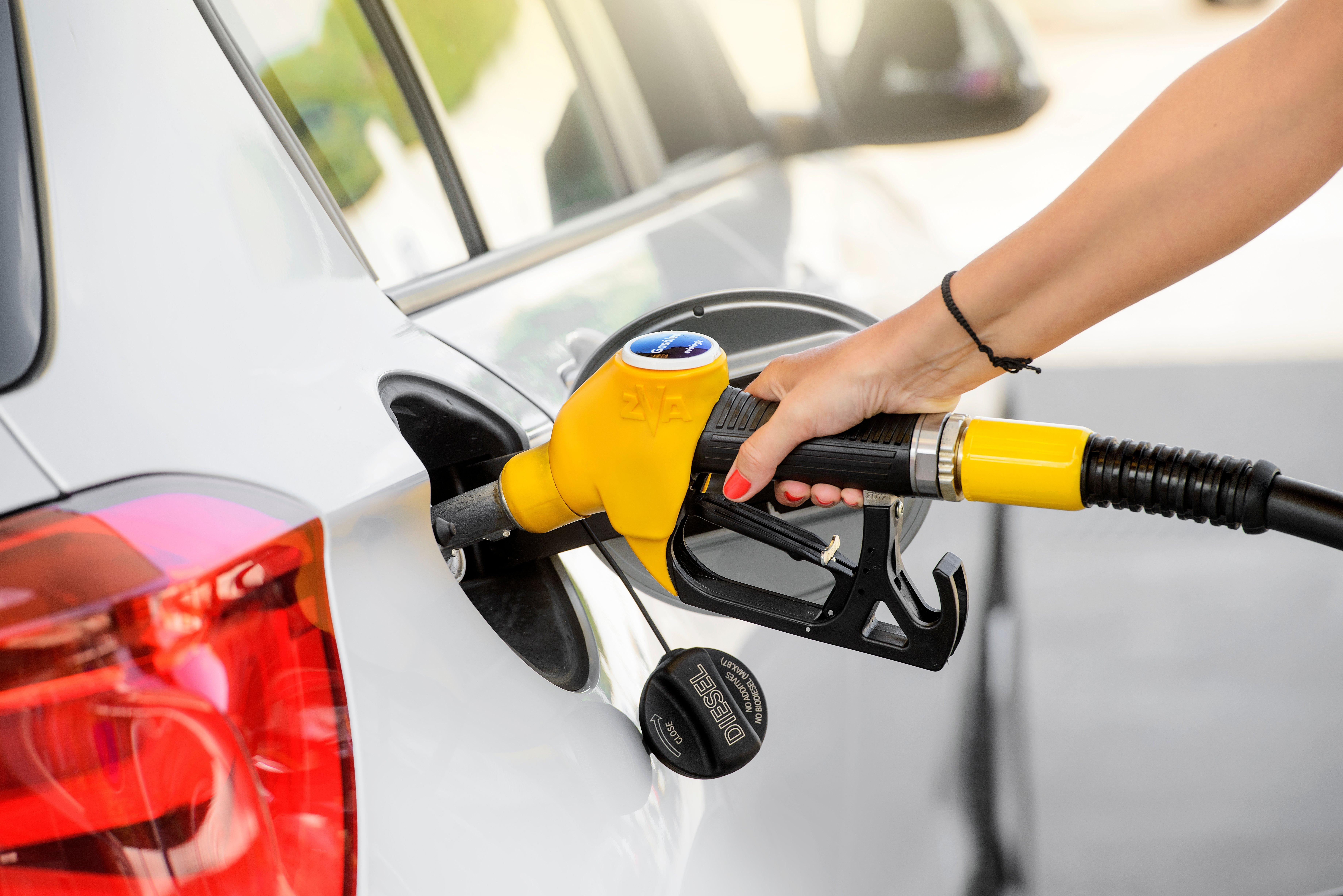 Sabe o que está a pagar quando abastece o carro?