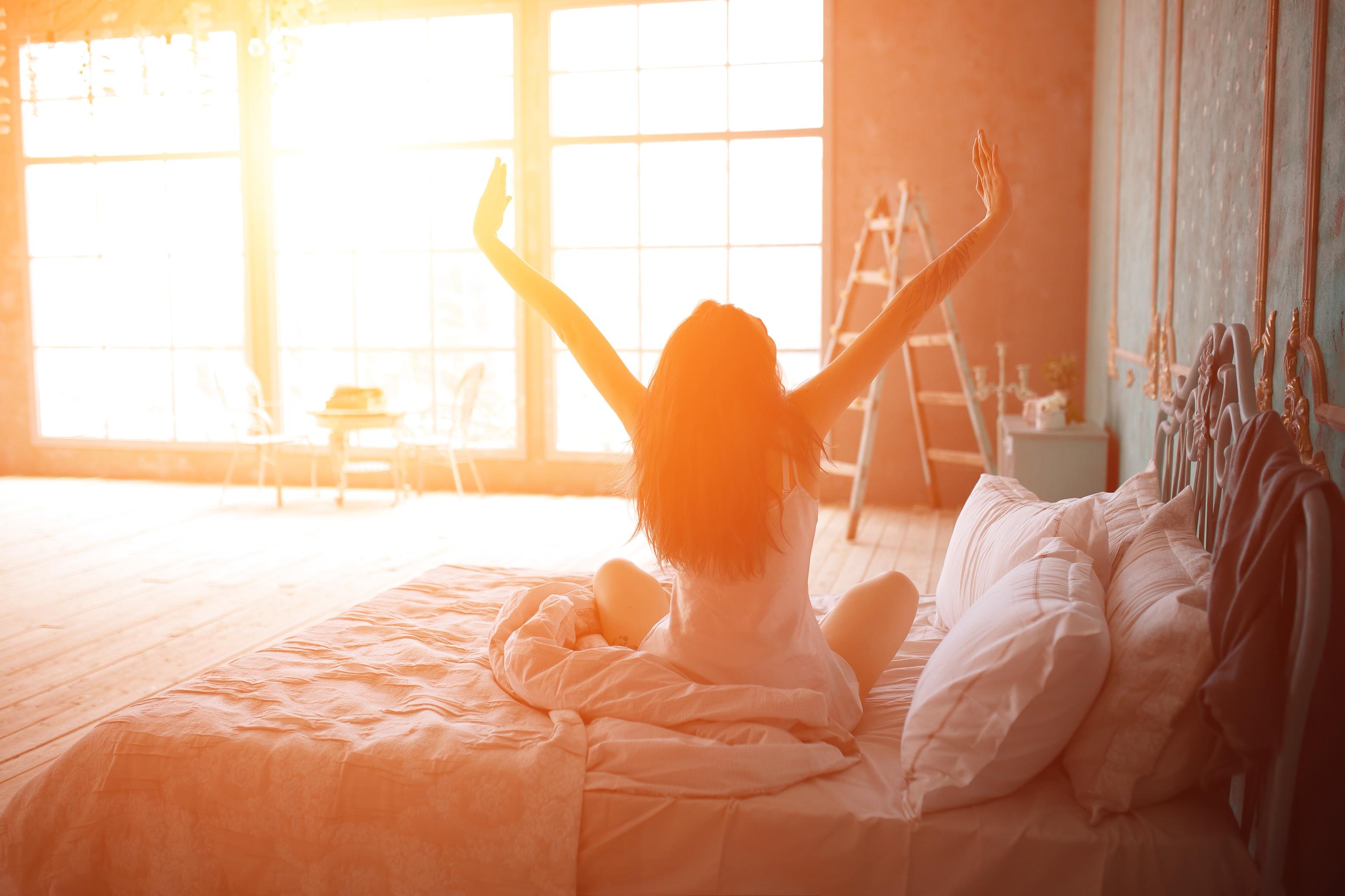 Dicas para acordar mais cedo e com mais energia